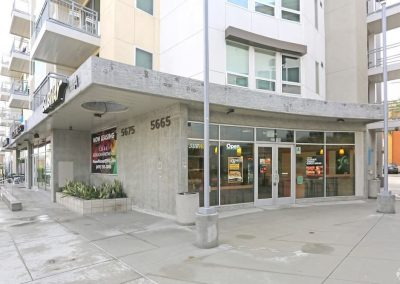 Exterior View of A Subway Sandwich Shop Near Paseo Place Apartments in San Diego